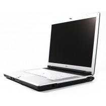 Fujitsu LifeBook E8210 Laptop
